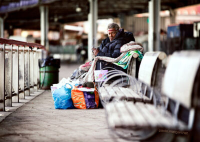 Under the bridge, the criminalization of homelessness